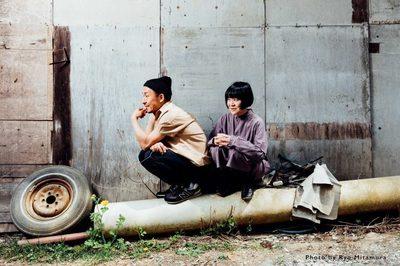 YLNW_PHOTO_by_Ryo_Mitamura_sign_downsize02-768x512.jpg